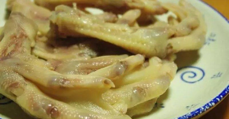 干锅去骨鸭掌的做法_香糟鸭掌的详细做法 - 大厨网简易食谱
